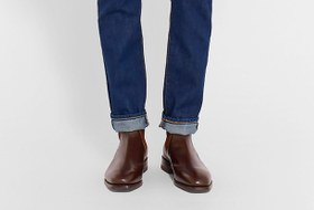 21 пара мужской обуви наосень