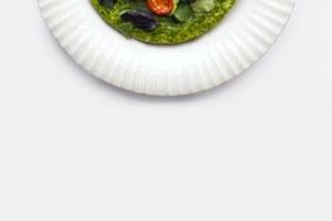 Кюкю — азербайджанский омлет ссыром и шпинатом