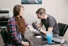 Москва, я люблю тебя: Татуировки ссимволами города отTheVillage истудии Faux Pas