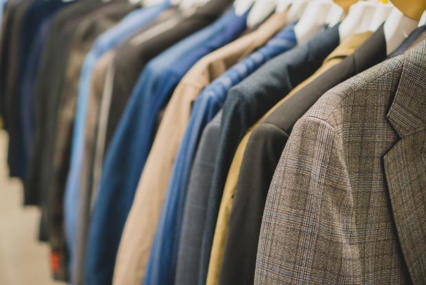 Что бренды делают изненужной одежды?