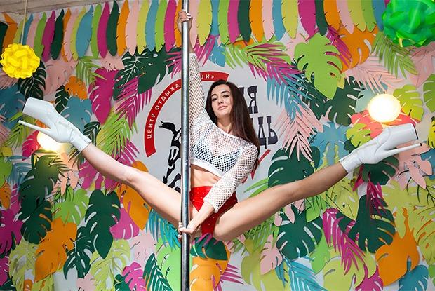 Артистки стрип-шоу и танцовщицы на пилоне в Иркутске