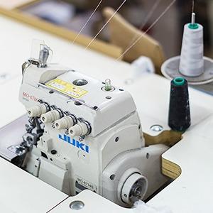 Производственный процесс: Как шьют футболки и толстовки
