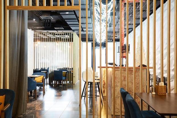 Хот-доги на Некрасова, Kuznya Cafe на Новой Голландии и ресторан Pavo