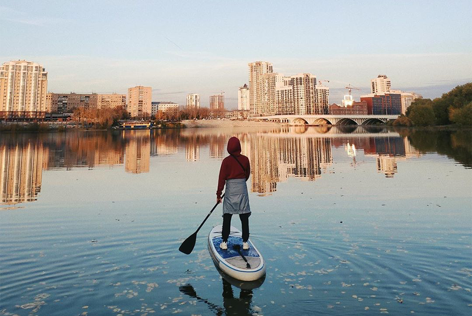 Сапы, гидроциклы, яхты: Гид по водным развлечениям Екатеринбурга и окрестностей
