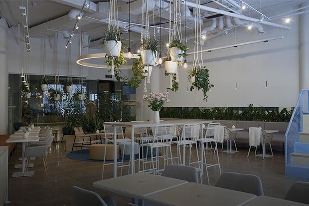 Duo Bistro с паназиатской кухней на первом этаже бизнес-центра «Панорама»