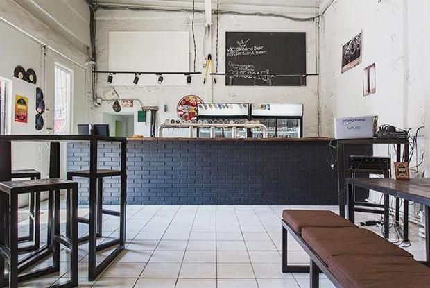 Киоск Hamam burger, пивной бар Cans&Beer, ресторан «Семирамис» икафе «Счастье незагорами»