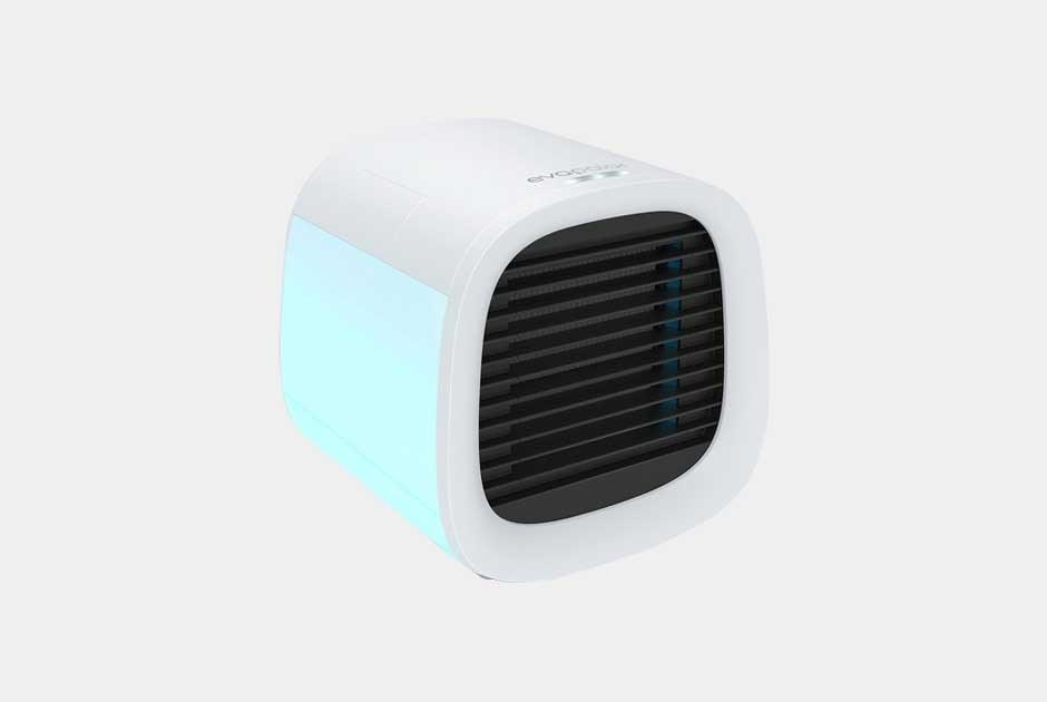 На улице плюс32: Вам нужен портативный кондиционер илиручной вентилятор