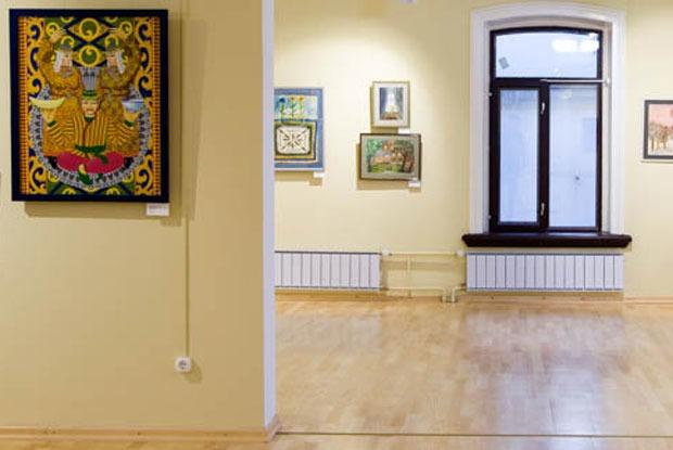 «Ангелы ходят рядом с нами»: Как выглядит новый Музей наивного искусства в Екатеринбурге