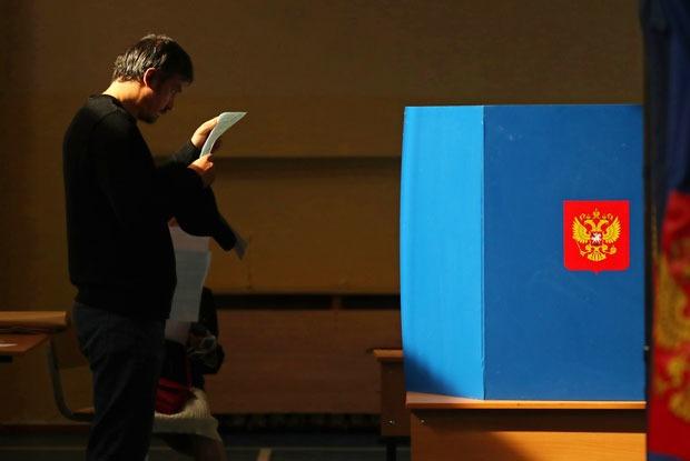 Фейки и победа Беглова: Какпрошли выборы в Петербурге