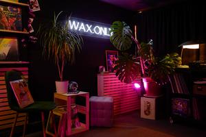 Основатели магазина пластинок Wax.Only — о маркетах, диджеях и популярности винила