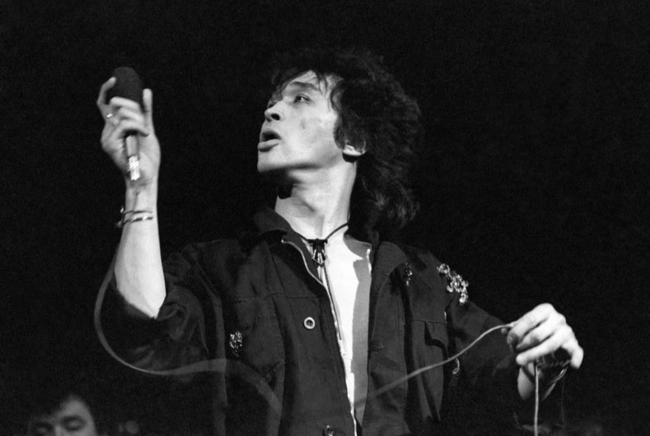 30 лет «Черному альбому»: Почему напоследнем альбоме «Кино» Цой звучит совсем непо-геройски