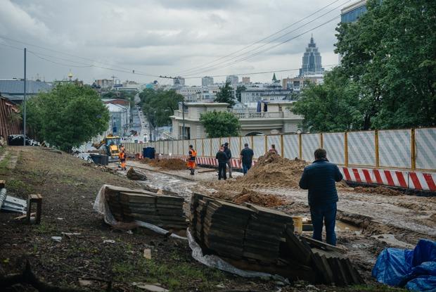 Любовь к самокопанию: Масштабные ремонтные работы вцентре Москвы