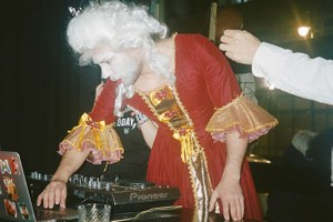 «Сатана сидит во мне»: Как Untitled сделал имя на тематических вечеринках