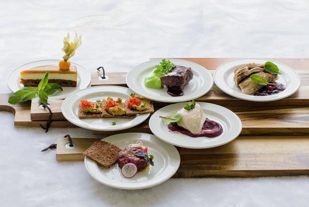 Крымский янтык, камамэси и каспийская сельдь: Что заказывать на Российском ресторанном фестивале