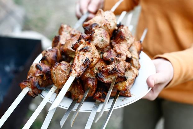 Шашлыкуем: Маринады для мяса ирыбы
