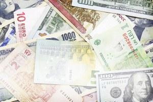 Как себя ведут валюты втрудных ситуациях