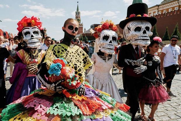Карнавала нет: Праздник мертвых наКрасной площади отменили