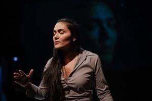 «Неформат» ожизни нерусских профессиональных актеров вРоссии— главный спектакль 2020года. Вот почему