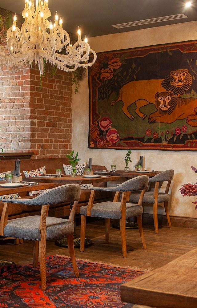 Ресторан «Большой грузинский» вздании Симановской мельницы: Хинкали скозленком иянтарное вино