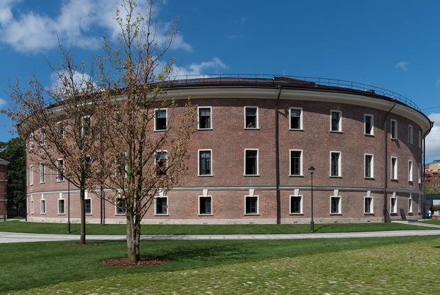 Как устроено здание «Бутылка» наНовой Голландии