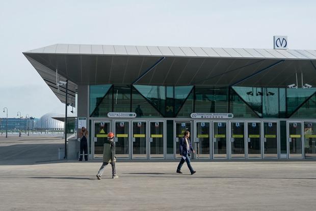 Как выглядят новые станции метро «Новокрестовская» и«Беговая»