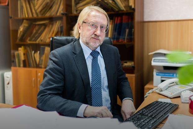 «800 тысяч россиян незнают, чтобольны ВИЧ»: Вадим Покровский — оновой эпидемии