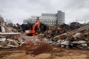 Кинотеатр «Витязь» снесли. Почему его уже незаменить?