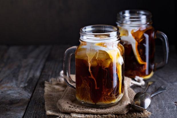 Халва, мята и тоник: Быстрые рецепты коктейлей с кофе