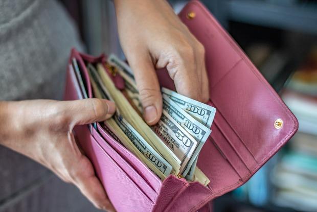 «Я получаю доход ввалюте»