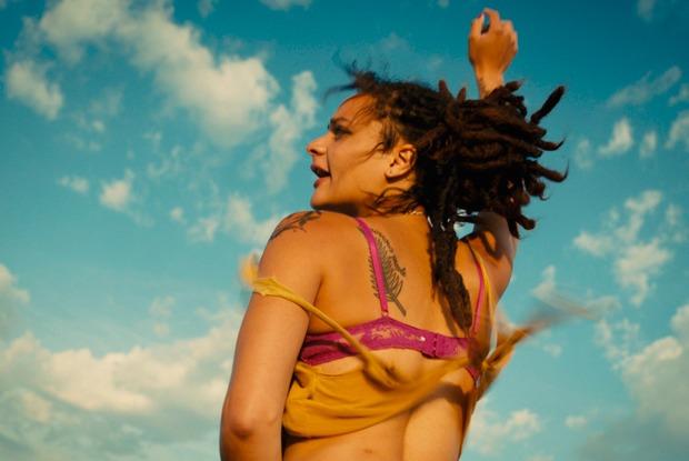 Смотрим дома: Лучшие фильмы 2016-го, которые можно увидеть вмайские каникулы