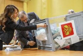 Концерты, автобусы, «бронза» Собчак и300 нарушений: Как голосовали в Петербурге