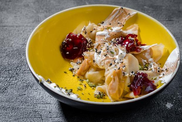 Масленица в московских ресторанах: Безглютеновые панкейки иблин соливье