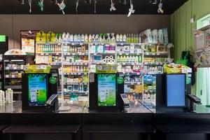 «Вкусвилл» удалил рекламу сквир-парой. Покупатели призывают бойкотировать бренд