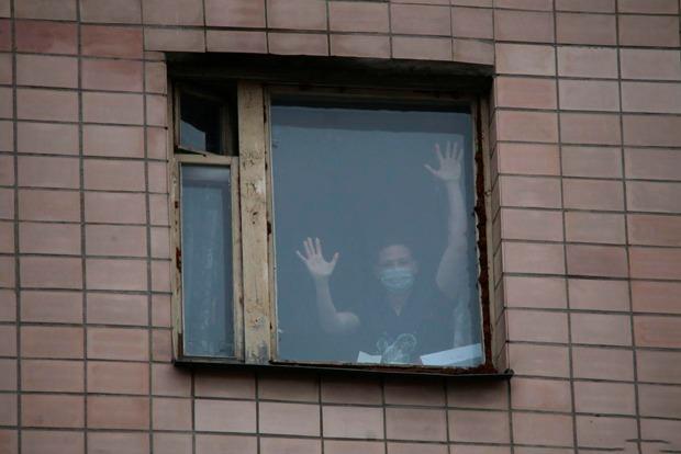 Отмена ПМЭФ, карантин вобщежитии и закрытие поликлиники: Коронавирус добрался до Петербурга