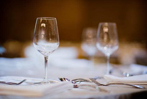 Саша Сутормина — ополусекретном винном баре ипарижской бель эпок