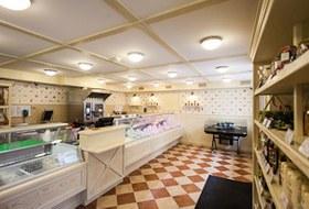 Первый магазин фермерской сети «Гирлянда» открылся на Петроградской