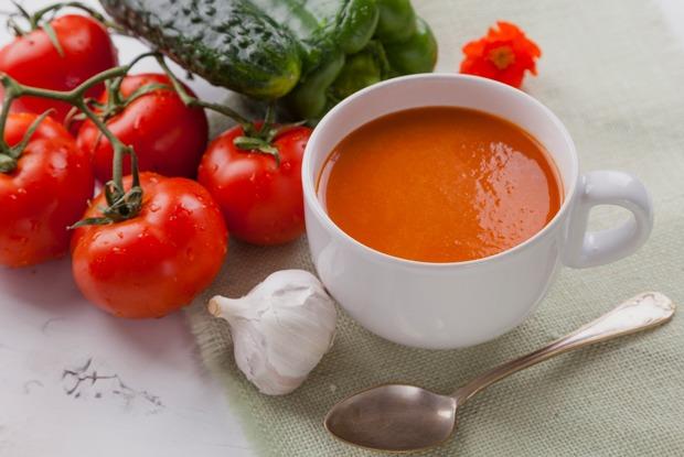 Остынь: Как готовить огуречный, свекольник, окрошку идругие холодные супы