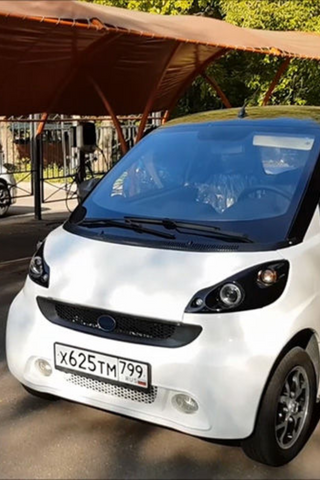 В Адыгее собрали первый в России электрический микроавтомобиль