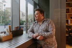 Денис Иванов: «Люди хотели водки с пельменями, а не латте-макиато»