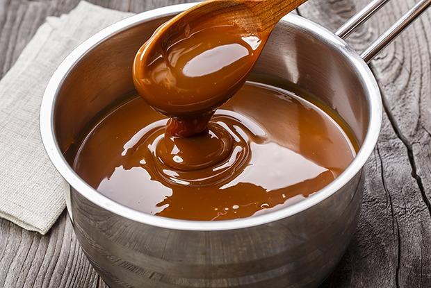 Как приготовить солёную карамель