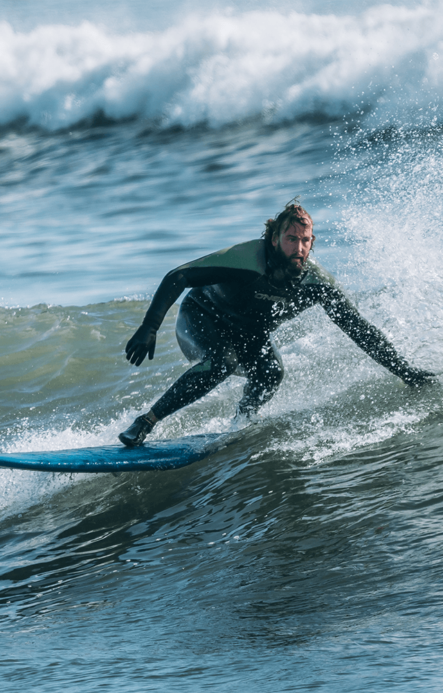 «Я занимался серфингом наКамчатке инезнал, чтопроисходит экологическая катастрофа»