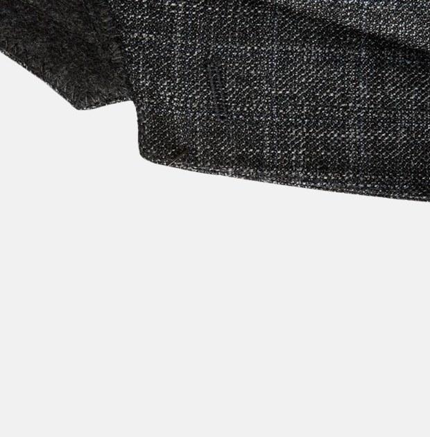 Как ухаживать за шерстяными костюмами и где их хранить втёплое время года