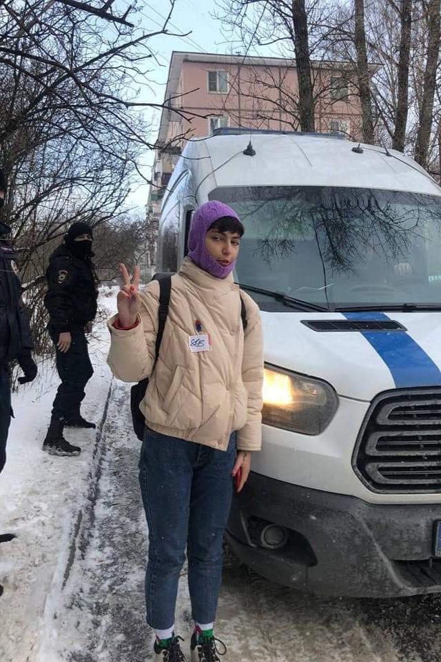 ВПетербурге задержали художницу ифем-активистку Катрин Ненашеву