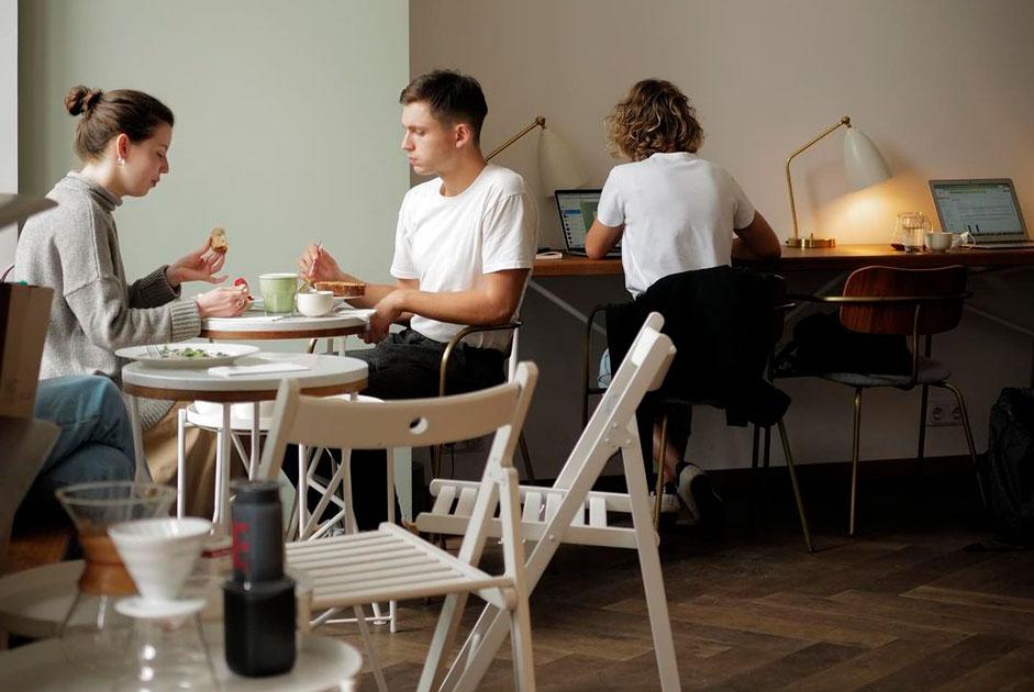 14кафе иресторанов, где можно спокойно поработать заноутбуком