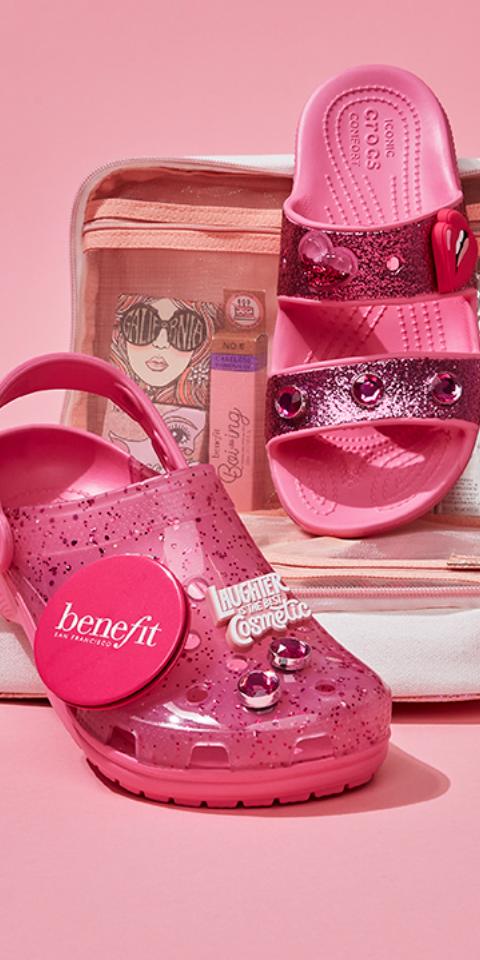 Розовые кроксы сглиттером отBenefit