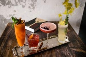 20 баров в Москве, куда стоит идти за коктейлями
