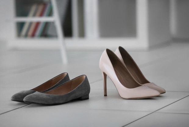 Носить сменную обувь на работе