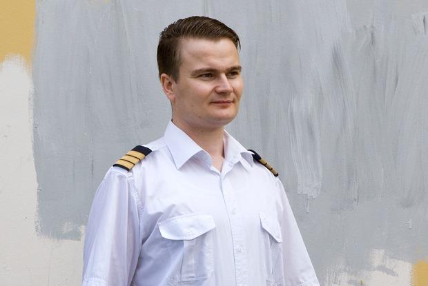 «Грядет массовое увольнение работающих пилотов»: История летчика, укоторого отобрали свидетельство