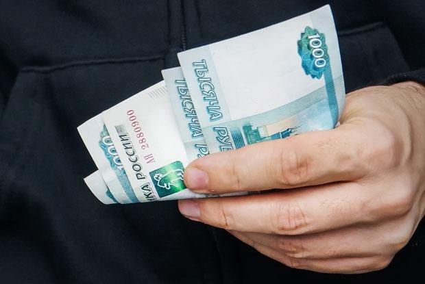 «Идите в бандиты: риски те же, а доходы больше»: Итоги года вроссийской экономике