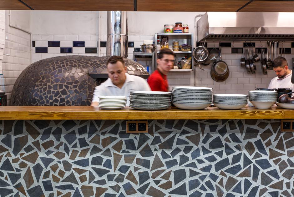 +39 Pizzeria & Mozzarella bar: Крохотная итальянская пиццерия и сыроварня в кластере «Рассвет»